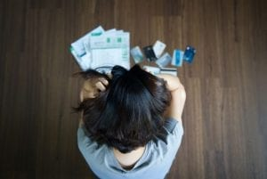 9 Warning Signs That Your Debt May Be Out of Control