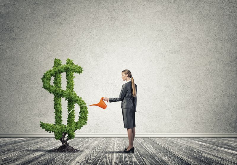 Investing And Saving In Your 30s: How To Manage it?